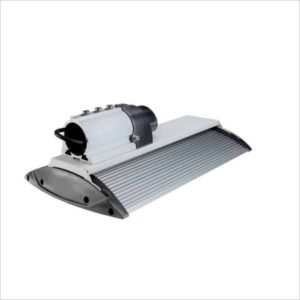 Lampadaire-eclairage-public-LED-150W-compact-blanc- froid-5700K